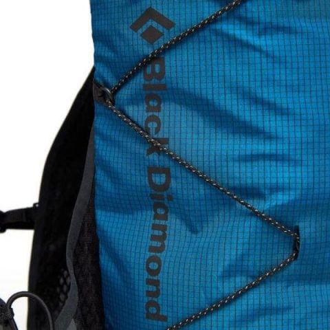 DISTANCE 15 black diamond backpack